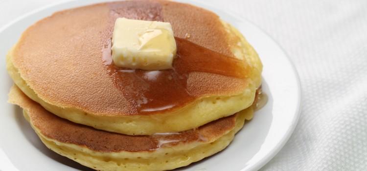 「ホットケーキ」と「パンケーキ」の違いは?