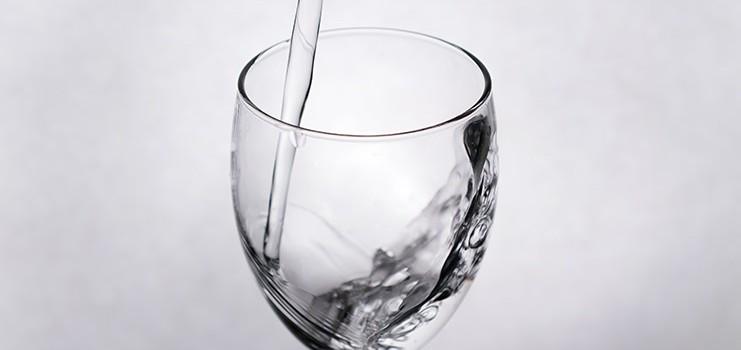 「軟水」と「硬水」の違いは?