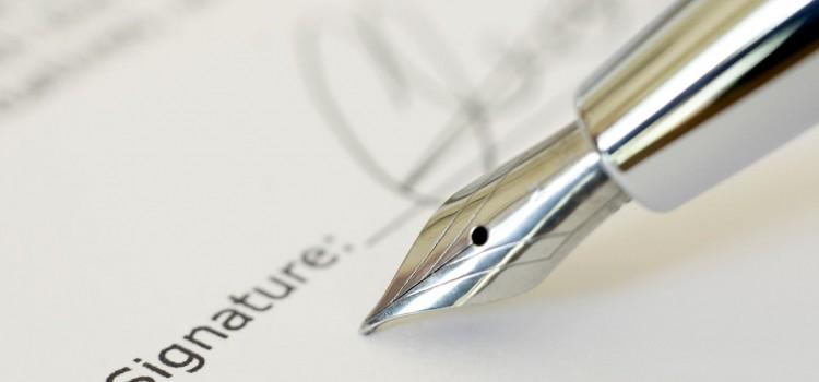 「署名」と「記名」の違いは?