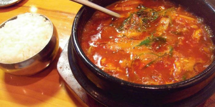 中国黄島で韓国料理のスンデクッパ!「米腸湯飯」 …