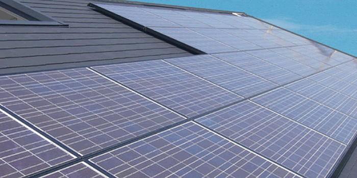 「太陽光発電」と「太陽熱利用」の違いは?