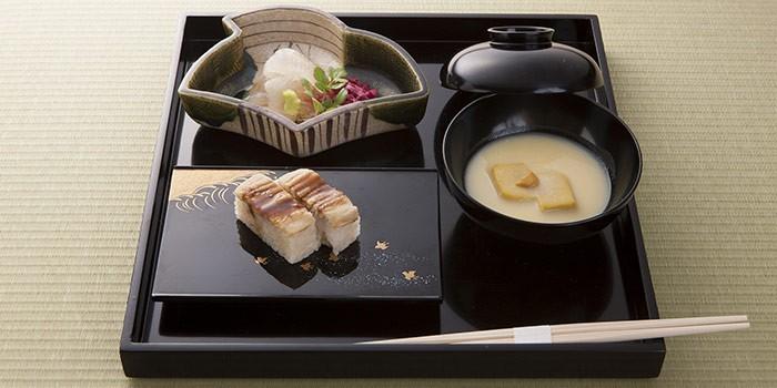 「懐石料理」と「会席料理」の違いは?