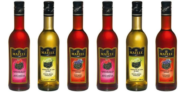 「ワインビネガー」と「バルサミコ酢」の違いは?
