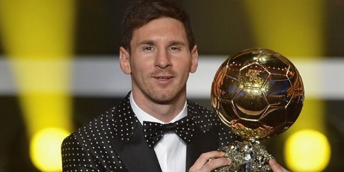 サッカーの「MVP」と「MOM」の違いは?