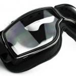 「ゴーグル」と「水中メガネ」の違いは?