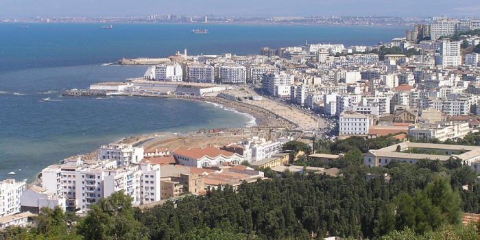 アルジェリアの首都アルジェ