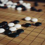 「囲碁」と「オセロ」の違いは?