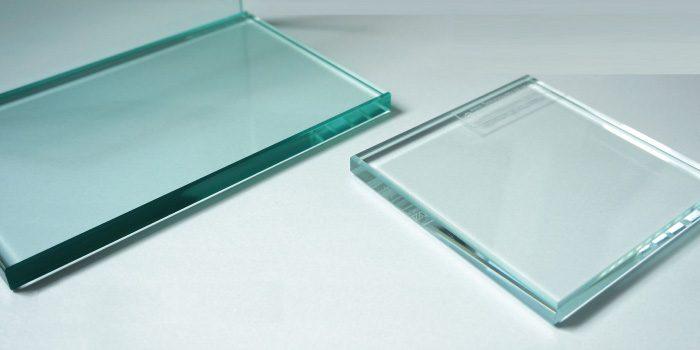 「ガラス」と「鏡」の違いは?