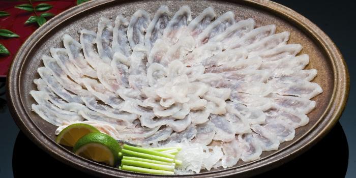 白身魚 (フグ)