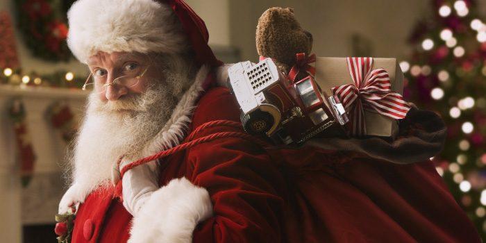 「サンタクロース」と「セントニコラウス」の違いは?