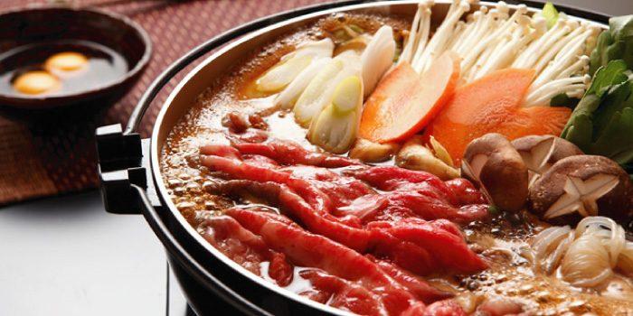 「すき焼き」と「肉豆腐」の違いは?
