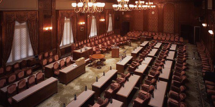 国会の「参考人招致」と「証人喚問」の違いは?