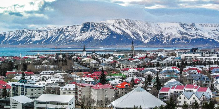 アイスランド 首都レイキャビク